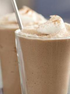 glass of iced vanilla cappuccino featuring coffee mate products